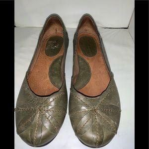 Born Olive Green Mido Leather Flats Sz. 6/36.5